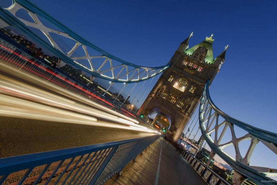 Tower Bridge traffic lights