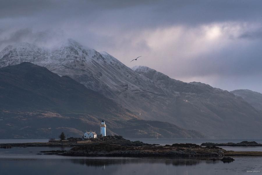 Eilean Sionnach Lighthouse